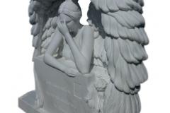 013 Rzezba aniola w skrzydlach z bialego marmuru Thassos, Katowice