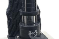 11 Lampa górnicza z granitu czarnego