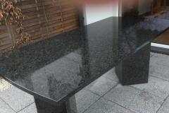 03-stol-z-granitu--ogrodowy-pszczyna