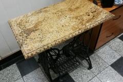 05 stol granitowy - maszyna do szycia z kamiennym blatem, Pszczyna