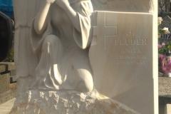 140 Gotowa plaskorzezba aniola