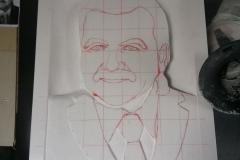 168 Zarys szkicu portretu przeniesiony na blok bialego kamienia marmur Thassos