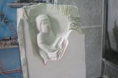 63 Szkic przeniesiony na kamień, prace pocztakowe rzezbiarza - etap 3 i 4