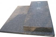 22 Grobowiec - pomnik z granitu antykowanego, Pszczyna