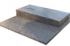23 Grobowiec - pomnik z granitu antykowanego, Pszczyna