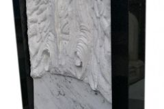 27 Rzezba z marmuru - grobowiec, Bierun