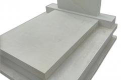 32 Pomnik, grobowiec biały z piaskowca, Kamieniec k.Pszczyna
