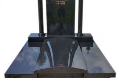 45 Pomnik - grobwiec z czarnego granitu, Jaworzno