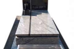 52 Pomnik granitowy na grobowcu, Libiaz