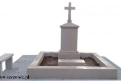 61 Pomnik podwojny na grobowcu z piaskowca, Bystra k.Bielska Biala