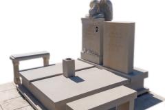 76 Pomnik z piaskowca wraz z rzezba aniola na piwnicy grobowcowej, Solec kujawsko-pomorski