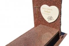 101 Pomnik nowoczesny z czerwonego granitu, Tychy