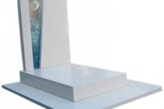 103 Nagrobek nowoczesny bialy z kwarcytu ze szklem witrazowym, Glogow