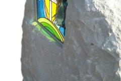 146 Tablica nagrobna rzezbiona z piaskowca wraz z witrazem, Kedzierzyn Kozle