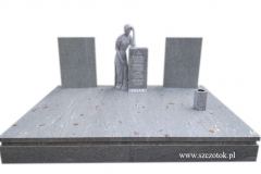 158 Pomnik nowoczesny z jasnego granitu z rzezba kobiety, Gubin