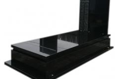 184 Pomnik z czarnego granitu, nowoczesny ze szklanym krzyzem, Tychy