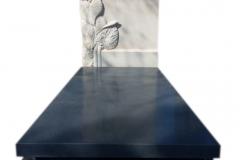 189 Nagrobek nowoczesny z granitu z polaczeniem plaskorzezby slonecznikow z piaskowca, Katowice