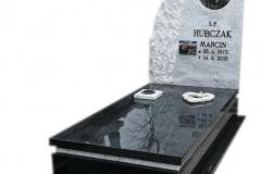 255 Pomnik nowoczesny z czarnego granitu wraz z tablica z marmuru, witrazem i krzyzem, Zywiec