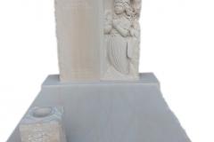 306 Nagrobek nowoczesny z piaskowca wraz z plaskorzezba dziewczynki, aniolka w skrzydlach, Katowice