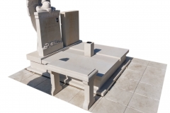 317 Pomnik nowoczesny z piaskowca wraz z rzezba aniola, Solec kujawsko-pomorski