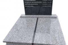 328 Pomnik nowoczesny podwojny granitowy na piwnicy grobowcowej, Pszczyna