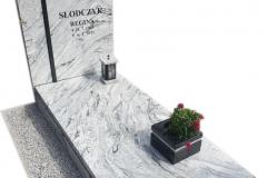 402 Pomnik nowoczesny jasny, granitowy z krzyzem w tablicy, Pszczyna