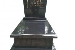 437 Nagrobek nowoczesny urnowy z czarnego granitu Szwed, Pszczyna