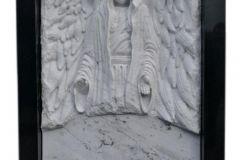 087 Rzezba z marmuru - pomnik nowoczesny, Bierun, rzezbiarz Janusz Moroń
