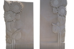 61 Tablice nagrobne z piaskowca z plaskorzezba slonecznikow na pomnik podwojny, Gliwice