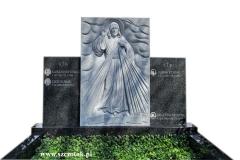 64 Pomnik podwojny granitowy na grobowcu rodzinnym wraz z plaskorzezba Jezusa Milosiernego, Wroclaw
