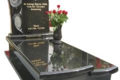 038 Pomnik granitowy pojedynczy