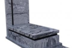 19 Pomnik granitowy - urnowy z krzyżem
