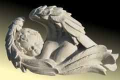 002 Rzezba aniolka z piaskowca - nagrobki z rzezba, rzezbiarz Janusz Moroń