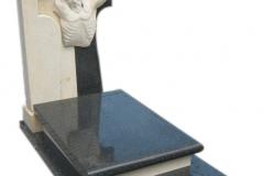 032 Nagrobek nowoczesny z rzezba, wykonany z granitu i piaskowca, Pszczyna