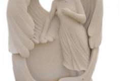 056 Rzezba dziewczyny - pomnik z rzezba, Karczew