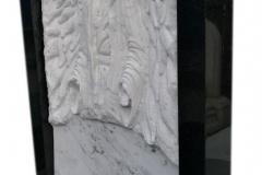 066 Rzezba z marmuru - pomnik z rzezba, Bierun