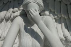 113 Rzezba aniola w skrzydlach z marmuru Thassos - pomniki z rzezba, Katowice
