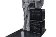 194 Nagrobek z pelnoplastyczna rzezba aniola z granitu, Bochnia k.Krakowa