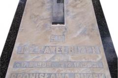 27 Pomnik i napis po renowacji, chorzow