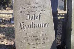 36 Nagrobek - tablica nagrobna przeznaczona do renowacji, Pszczyna - cmentarz zydowski