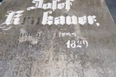 39 Renowacja liternictwa oraz tablicy nagrobnej, Pszczyna