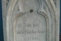 renowacja pomnika i napisu