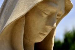 Twarz Maryji po renowacji