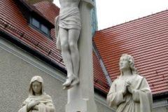 pomnik po renowacji