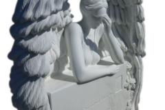 30 Rzezba aniola w skrzydlach z bialego marmuru Thassos, Katowice