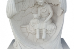 036-rzezba-z-piaskowca-dziewczynka-w-skrzydlach-pszczyna