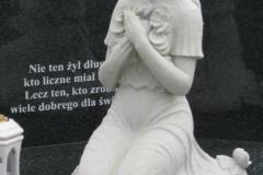 047-rzezba-z-piaskowca-rzezba-kobiety-polanka-wielka, rzezbiarz Janusz Moroń