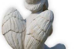 058-rzezba-z-piaskowca-aniolek