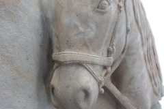 069-rzezba-lba-konia-rzezba-glowy-konia, rzezbiarz Janusz Moroń