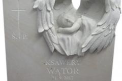 087 Rzezba z piaskowca aniolka w skrzydlach - tablica nagrobna, nagrobki z piaskowca, Sosnowiec, rzezbiarz Janusz Moroń
